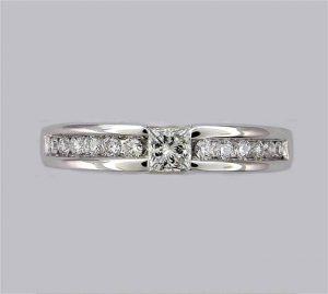 Athos_diamond_ring_108